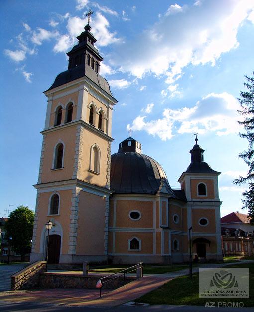 Die Pfarrkirche der Heiligen Dreifaltigkeit